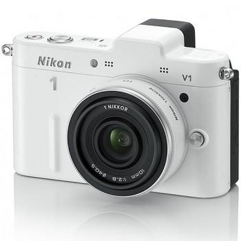 Nikon 1 V1 + 10MM F2.8 bílý