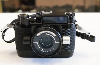 Nikon Nikonos III + Krabice