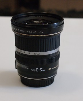 Canon EFS 10-22 mm 1:3.5-4.5 F