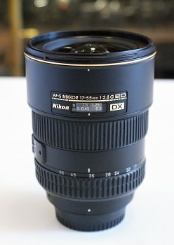 NIKKOR 17-55 mm 1:2.8 G ED DX