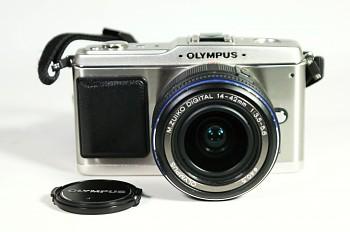 Olympus E-P1 obj. 14-42mm  3,5-5,6f ED