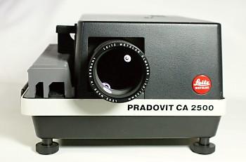 Leitz Diaprojektor Pradovit CA 2500
