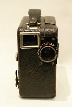 Filmová Kamera Pathé 9,5mm obj . Kino Plasmat 1,5f 2cm
