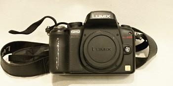 Panasonic Lumix GH2 + 2x Baterie + AC adaptér + nabíječka