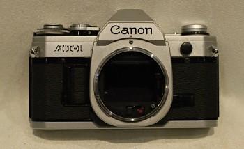 Canon AT-1 na součástky