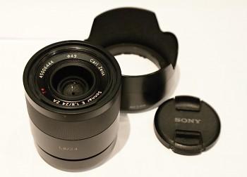 Sony Sonnar T* E 24mm f/1.8 ZA Carl Zeiis