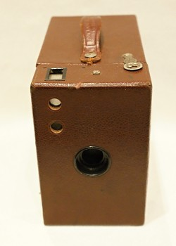 Box Kodak Rainbow Hawk-Eye No.2A Model B 6x9