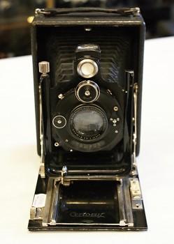 Certoruf  obj. Xenar 135mm 1:4,5f na součástky