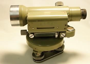 Nivelační přístroj Meopta