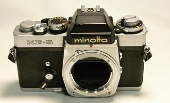 Minolta XE-5 tělo na součástky