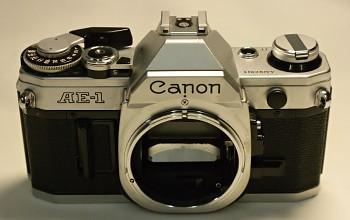 Canon AE-1 Tělo na součástky