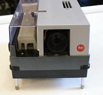 Diaprojektor Leica Pradovit color 250 Autofocus