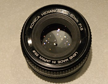 Objektiv  Bajonet Konica Hexanon 50mm 1,8f pro manuál focus