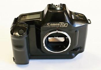 Canon T90 Tělo