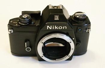Nikon EM tělo