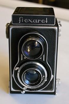Flexaret II 6x6 obj: Mirar 1:4,5-80mm + Brašna