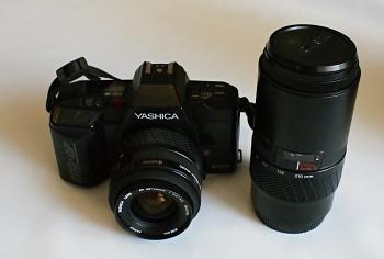 Yahica 200 AF set obj  1x 35-70mm 3,3-4,5f obj  1x 70-210mm 4,5f
