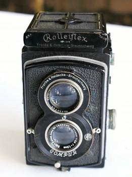 Rolleiflex  6x6 obj: Tessar 3,8/75mm