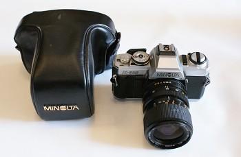 Minolta x500 Obj: 3,5-4,5f  35-70mm + Brašna