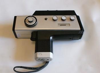 Filmová Kamera AGFA Movexoom 3000 obj: Agfa Variostar 1,8/7-42mm + Brašna