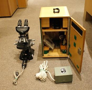 Mikroskop bino  Meopta +skřínka + světlo zvetšsní 1000x