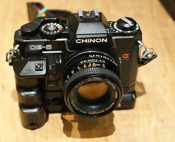 Chinon Ce-5 + motor + obj:Chinon 50mm 1,7f