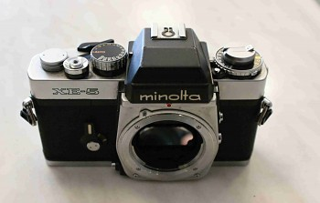 Minolta XE-5 na současky
