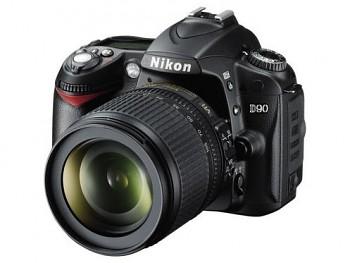 Nikon D90 + 18-55 VR
