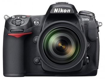 Nikon D300s + 18-105 AF-S DX VR